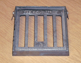 Square Alloy Hinged & Locking Grate