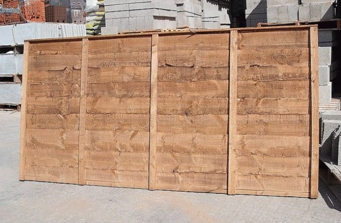 Waney fence panels